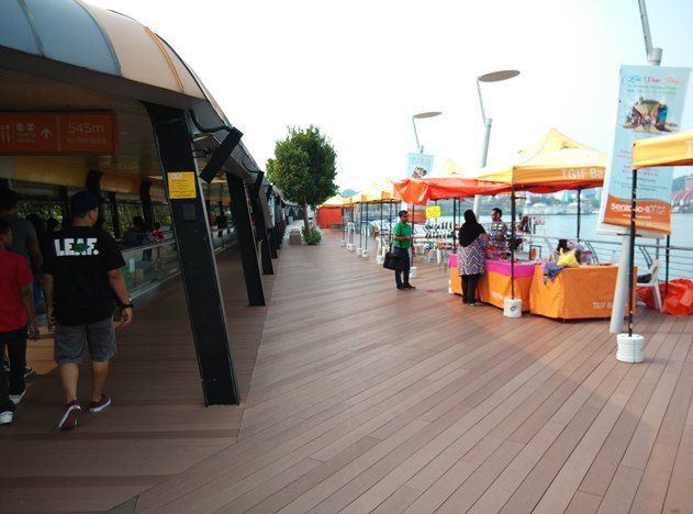 sentosa-boardwalk